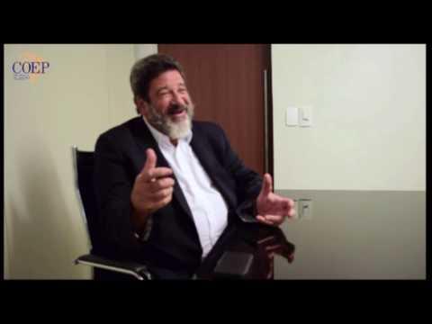 Prof. Mario Sergio Cortella fala sobre Solidariedade