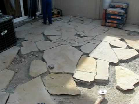 Piso de piedra b7 avi youtube for Piso para caseta de jardin