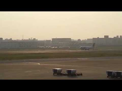 JALジェット機離陸映像-The takeoff image of the Japan Airlines jet aircraft