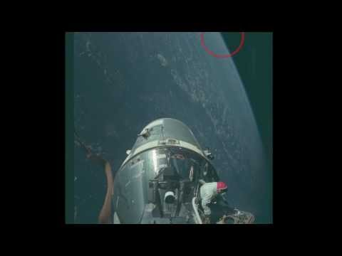 13,000 yr old BLACK KNIGHT SATELLITE lurks in atmosphere near Apollo mission?