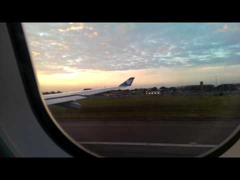 Take off Oman Air from London Heathrow Airport