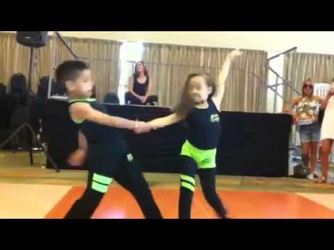 Copii, Dans Samba