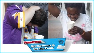[Getting People to Hit Their Own Heads Prank - HaanZFilmZ] Video