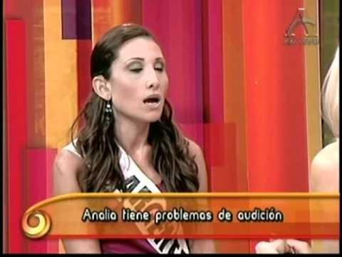 Modelo Argentina tiene problemas de audición.