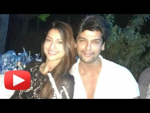 Gauhar Khan And Kushal Tandon Intimate Pictures In Goa - New Year's Eve