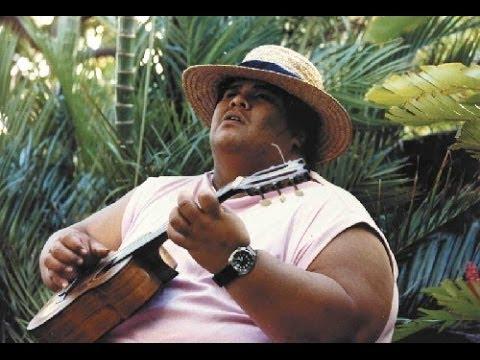 Israel Kamakawiwo'ole - Over The Rainbow & What A Wonderful World - 1993