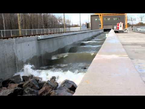 Laboratoire hydraulique environnemental (vue sur les rochers)