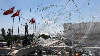 تركيا: حملات تطهير الجيش والداخلية من الانقلابيين واردوغان يتوعدهم بالاعدام |