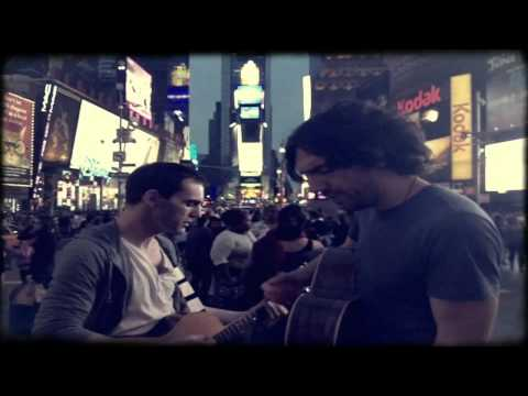 "Snow Patrol sing ""New York"" in Time Square"