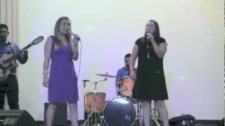 Crystal Y Wendy Con Grupo Norteno Uncion Divina- Mi Vida