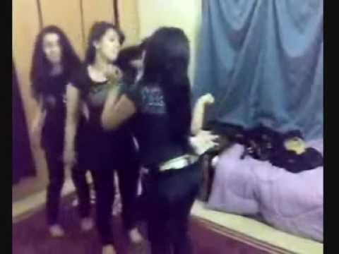 رقص بنات السعودية 2.mp4 - banat sa3odia chouha