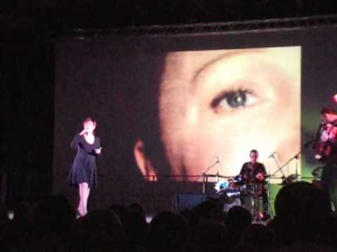 Delphine Mailland chante Edith Piaf