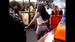 Chicas Bailando En Tunning Caracas Video 1 De 2