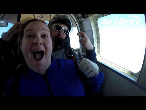 Tiffany Hempstead's Tandem skydive!