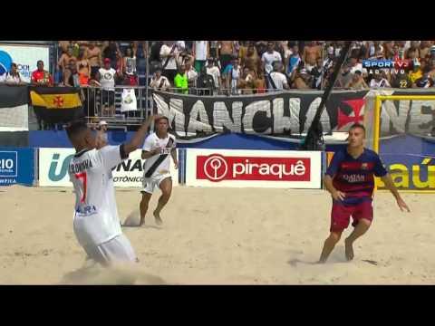 Barcelona conquista o título mundial após vitória, de virada, sobre o Vasco.