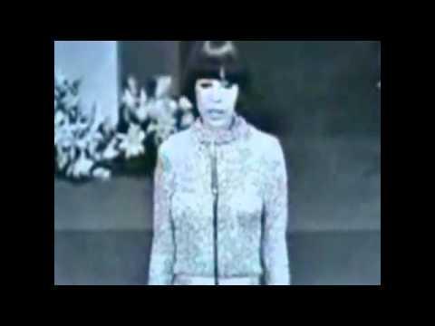 A Banda - Chico Buarque e Nara Leão - 1966