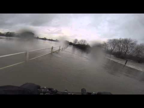 UK flood January 2014, Maidenhead, GOPR0030
