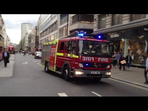 London Fire Brigade (LOTS OF BULLHORN) A242 A241 Soho on a shout
