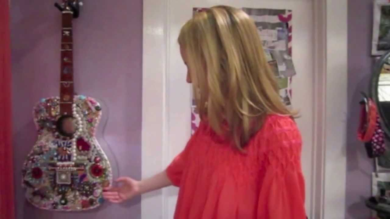 EXCLUSIVE: Bridgit Mendler Gives Us a Tour of Her Room ...
