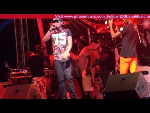 Ryan - - 1st performance after Vodafone Icons win @ R2Bees Appreciation concert