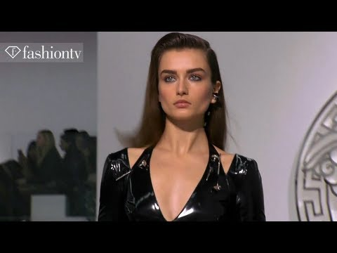Versace Fall/Winter 2013-14 FULL SHOW | Milan Fashion Week MFW | FashionTV, Versace Fall/Winter 2013-14 FULL SHOW | Milan Fashion Week MFW http://www.FashionTV.com/videos MILAN -- Donatella Versace showcased her most recent Fall/Wint...