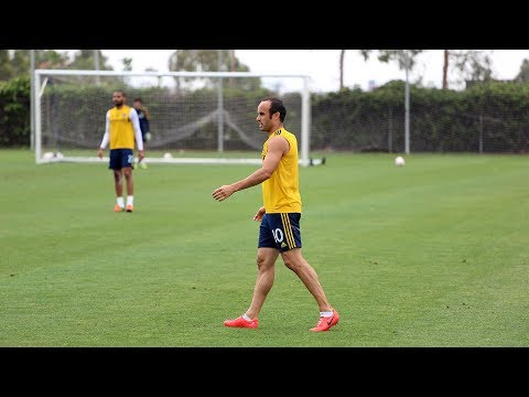Landon DONOVAN Returns to Training after USMNT Exclusion