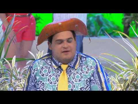 A Praça É Nossa - Matheus Ceará fala sobre sua família a Carlos Alberto