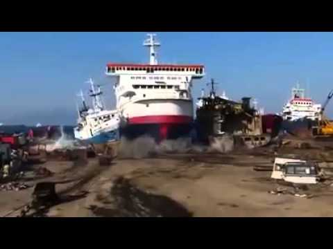How to dock a ship - boat Turkish way! Gemi Nasıl Park Edilir