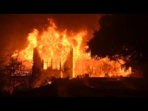 شاهد حرائق كاليفورنيا: الدمار يعم المشهد وحصيلة القتلى في ارتفاع