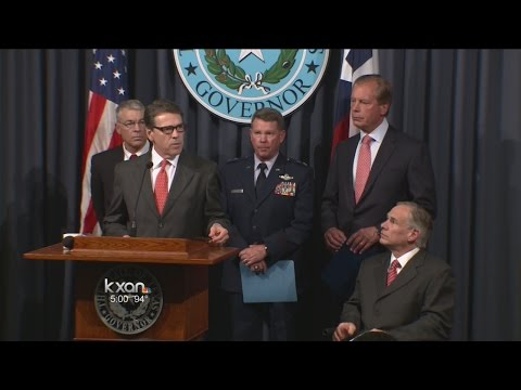 Perry orders 1,000 National Guard troops to border