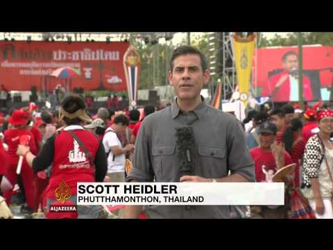 Thai PM supporters kick off days-long rallies