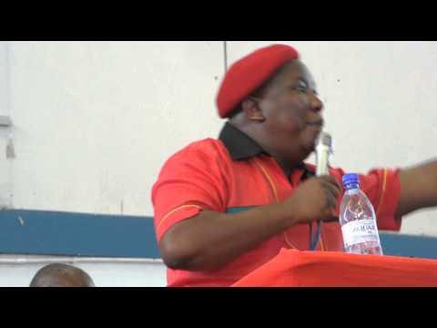 Julius Malema van  EFF hou vergadering by Mew Way Saal Khayalitsha Video Peter Abrahams Die Son  49
