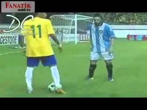 Pha lừa bóng siêu đẳng của Neymar
