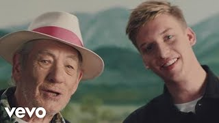 George Ezra - Listen to the Man (Official Music Video)