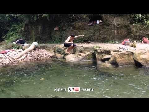 Mandi di Kali (Sidikalang, Tiga Lingga - Sumatera Utara)