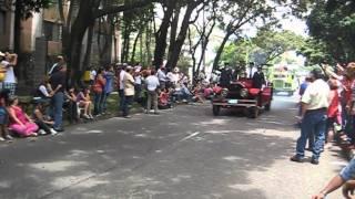 Carros De Bomberos Desfile De Autos Antiguos Y Clásicos