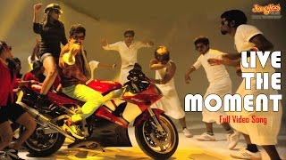 Live The Moment Kathai Thiraikaithai Vasanam Iyakkam R