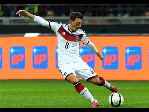 GERMANY VS ALGERIA FIFA WORLD CUP 2014 OFFICIAL FULL MATCH WITH COMMENTARY RESULT invideogamesim