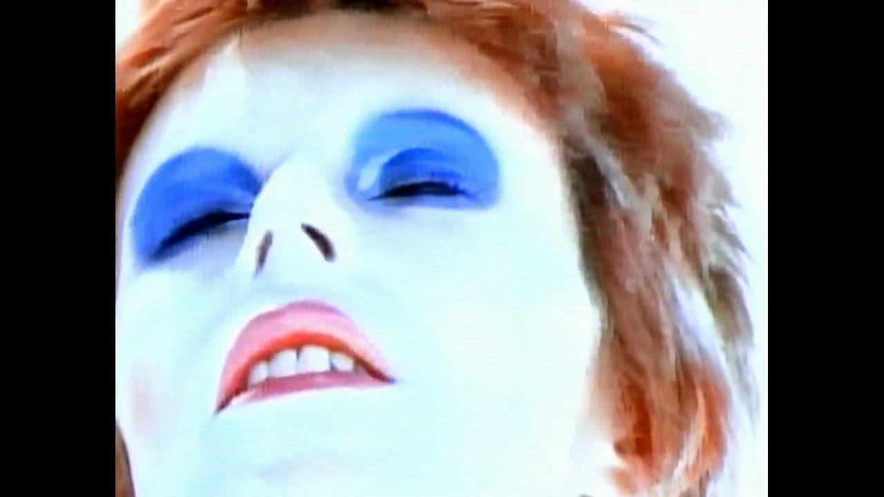 David Bowie - Life On Mars (HD music video) - YouTube