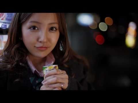 桜の栞「卒業おめでとう」 板野友美 倉持明日香 / AKB48 [公式]