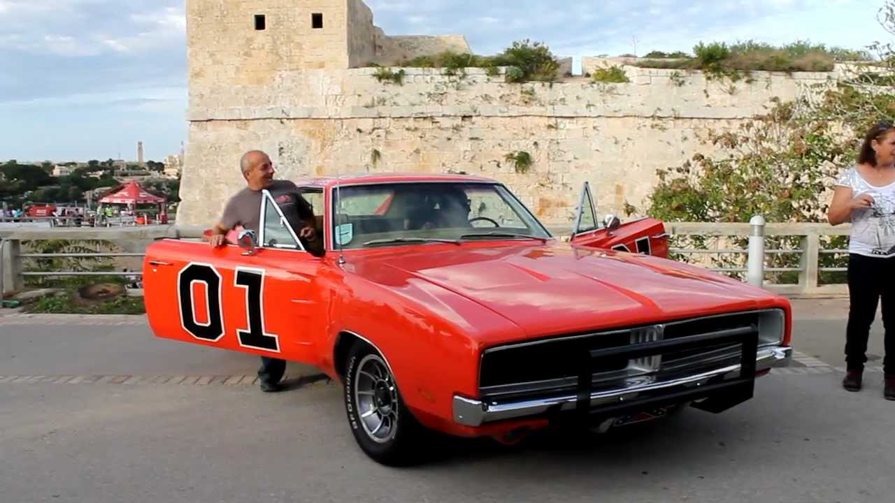 dodge charger general lee start up and going mdina grand prix 2012 youtube. Black Bedroom Furniture Sets. Home Design Ideas