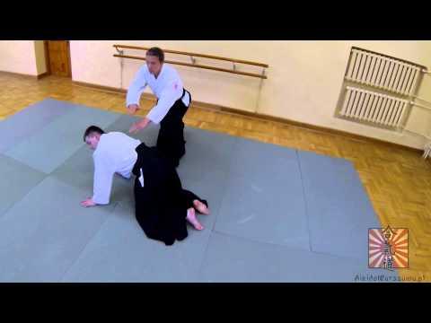 Zempo kaiten ukemi przez partnera na cztery