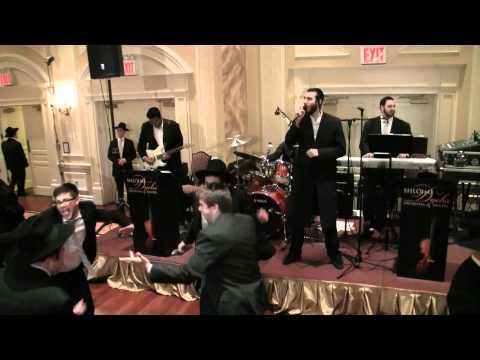 Beri Weber Singing With The Shloime Dachs Orchestra