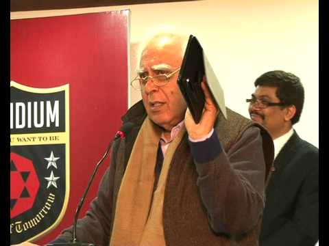 Aakash tablets to make education smooth : Sibal