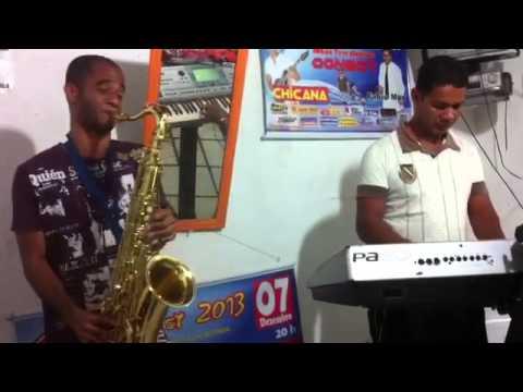 LUIZ DOURADO SAX SOLO  MUSICAS DO CANTOR PABLO