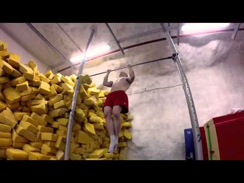40 chin ups - max rep test 15.7.2014 by gymnast Markku Vahtila