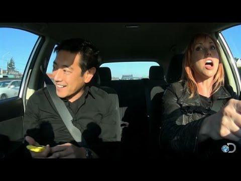 Which Is Faster: Weaving in Traffic or Staying in One Lane? | MythBusters
