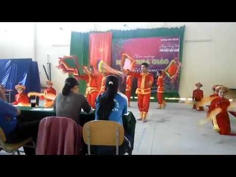 Múa Dòng Máu Lạc Hồng | 12B10 (2011 - 2012) | THPT Tân An