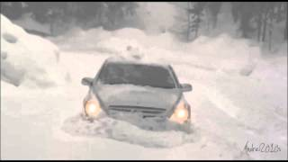 Mercedes R Class in Austria's Winter Snow 2012 (Part2)