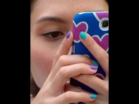 Diane Banks 17 Signs You're in a Serious Relationship w/ Your Smartphone iPhone Addiction Case 2014
